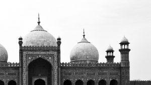 Cladiri de cultura si culte